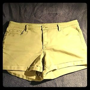 Mossimo Mid-Rise Stretch Short (Olive)